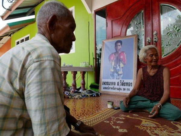 アヌチャー君は家族や友人から愛されていたという=2018年6月、バンコク