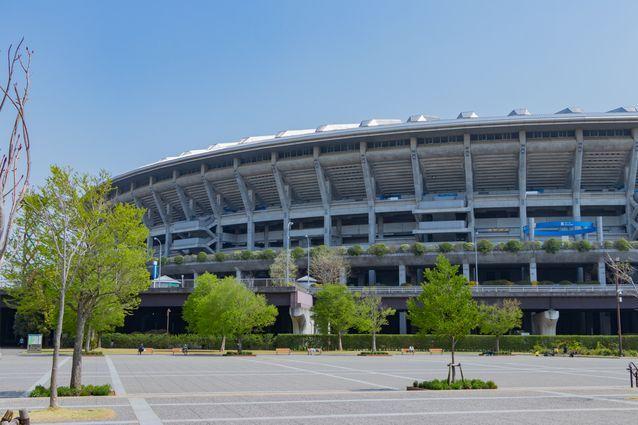 横浜市スポーツ医科学センターのある日産スタジアム。