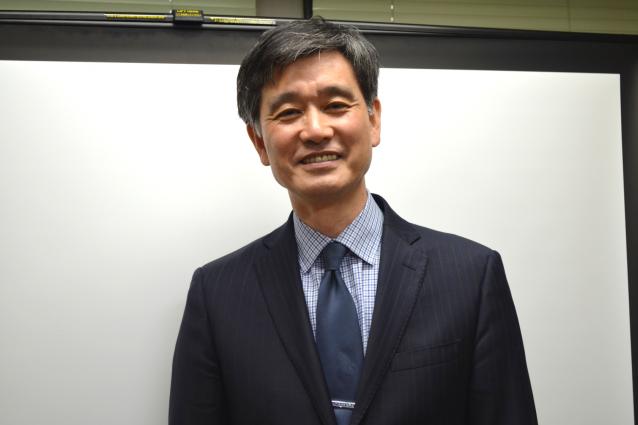 中央大学の白井教授。とても優しい。