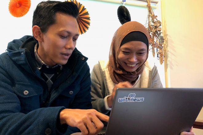 やさしい日本語の記事のチェックに協力してくれたのは、介護施設で働くインドネシア人。やさしい日本語は問題なく読めましたが……