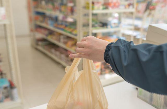 スーパーやコンビニのレジ袋※写真はイメージです