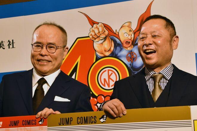 「キン肉マン」連載40周年を迎えた「ゆでたまご」の中井義則さん(左)と嶋田隆司さん