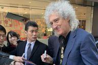 クイーンのブライアン・メイ 来日早々、見せた「日本好き」の顔