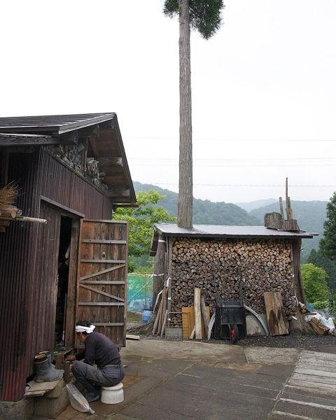 福井県池田町で撮影された小屋