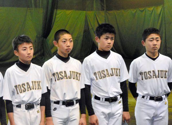 「脱丸刈り宣言」で短髪の部員が増えた土佐塾中野球部