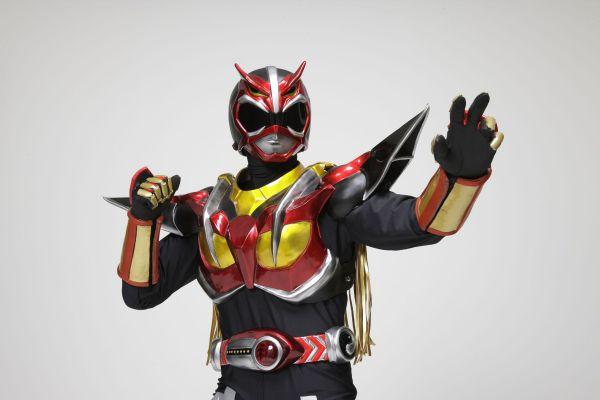 秋田県のご当地ヒーロー「超神ネイガー」