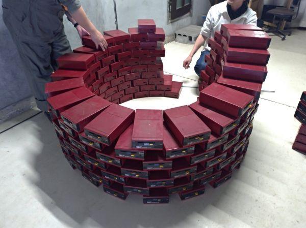 大量のディスクシステム。いったい何を作ろうというのか??