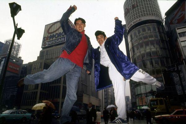 ナインティナインの矢部浩之と岡村隆史=1994年
