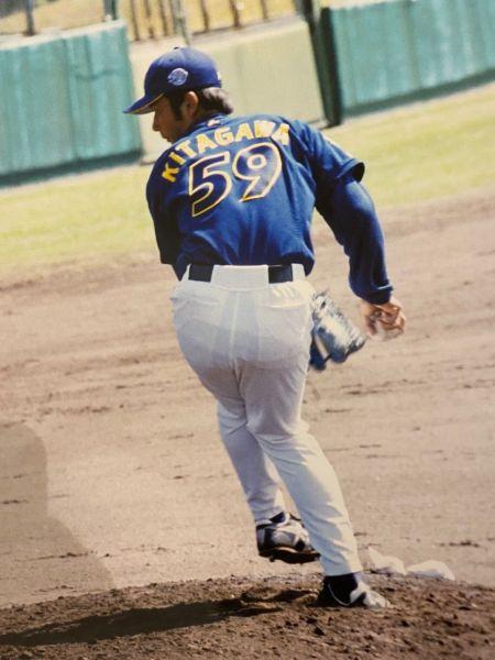 プロ野球選手時代、4年間の通算成績は、一軍での25試合中、1勝5敗1ホールドだった。=北川さん提供