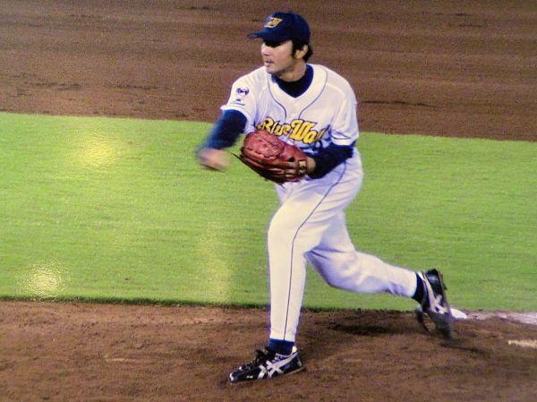 2001年~04年の間、オリックス・ブルーウェーブの投手を務めた北川さん=北川さん提供