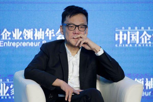 中国企業家サミットに参加した「当当」の共同設立者でCEO(当時)の李国慶さん=2017年12月9日、北京