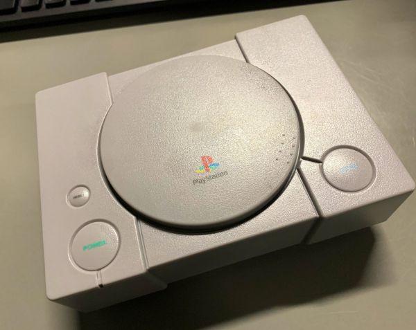 """斬新すぎる公式商品「""""PlayStation"""