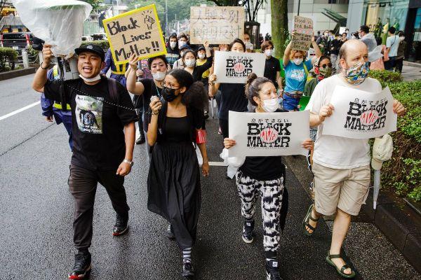 世界中で広がるBlack Lives Matterデモ。6月14日、東京でも3500人(主催団体発表)の参加者が行進した。