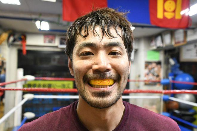 ラーメン二郎大好きボクサー「ジロリアン陸」、試合前は独自の減量法