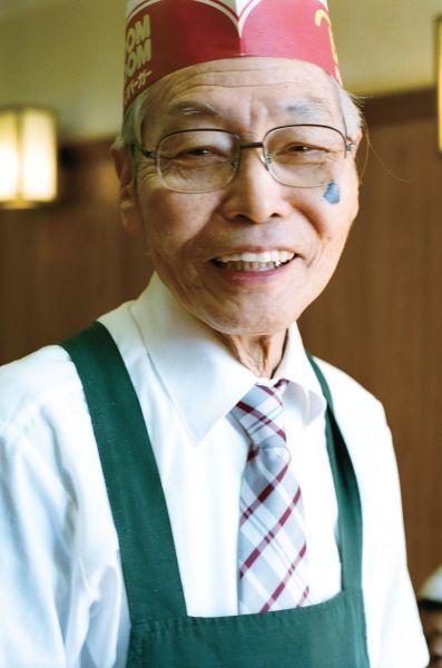 ドムドムハンバーガー桑名FC店のオーナー・太田勲さん=濱田紘輔さん撮影