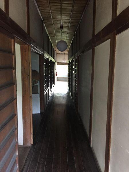 豪雨被害にあう前の旅館=鶴之湯旅館提供