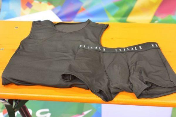 ユニラーレが作った、男性として生活する人向けの補正シャツとボクサーパンツ。パンツは取り外し可能なパッドで男性特有の股間の膨らみを作りつつ、お尻の引き締め機能も。生理時のショーツの機能も施した