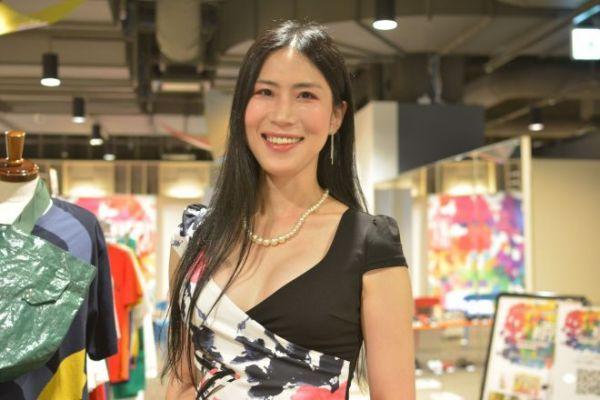 下着ブランド「ユニラーレ」を立ち上げた女優の麻倉ケイトさん
