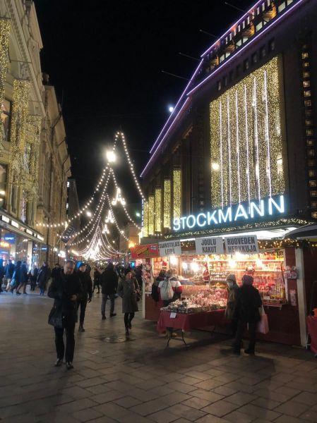 ヘルシンキ市内のクリスマスマーケット