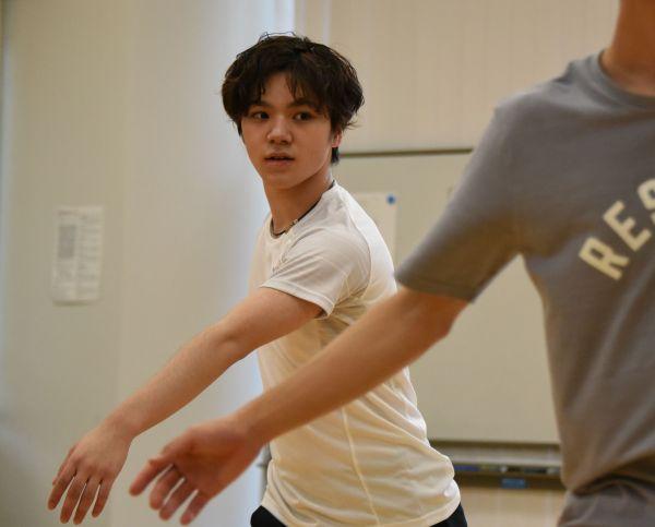 2019年7月、全日本シニア強化合宿で表現のトレーニングに取り組む宇野昌磨