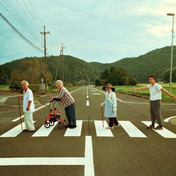 アビイ・ロードかよ!」田舎の日常が生んだ奇跡のビートルズ写真