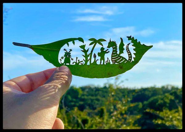 リト さん の 切り 絵 リト@葉っぱ切り絵「一枚の葉っぱで作る小さな世界」展