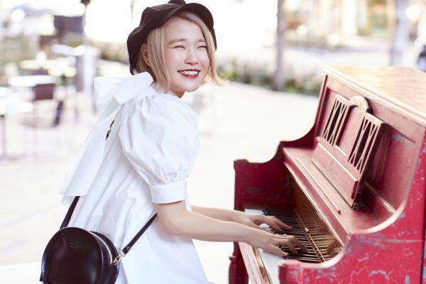 人気YouTuberとして活躍するポップスピアニストの「ハラミちゃん」=提供
