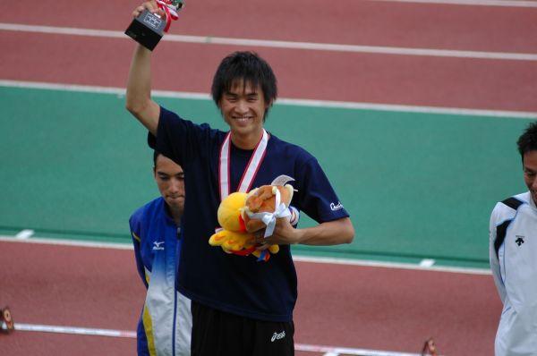 元・男子陸上800m選手の横田真人さん=本人提供