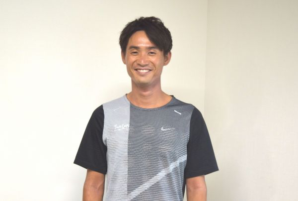 ロンドン五輪で男子陸上800mに出場した横田真人さん。現在は所属や性別を超えた陸上競技クラブ「TWO LAPS TC」の代表兼コーチを務める。