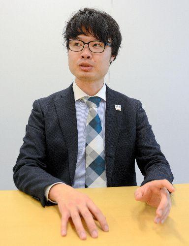 現役引退後について語る柏原竜二さん=2019年4月12日