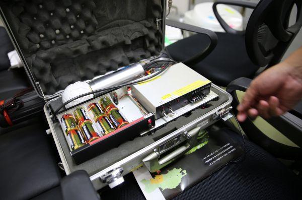観測に使われた放射線測定器の1台=2020年9月、福島県二本松市若宮、三浦英之撮影