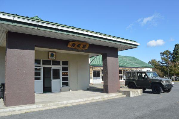 八戸駐屯地「防衛館」。旧陸軍当時からの建物が補修され使われている