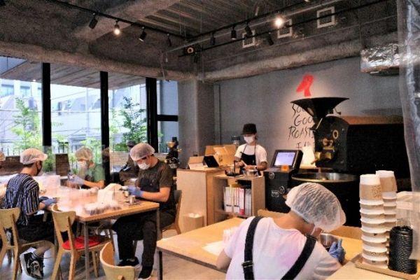 「ソーシャルグッドロースターズ 千代田(SGR)」の店内。「世間一般の人たちが自ら足を運びたいと思うような、ここにしかない付加価値を持たせることが役割」という