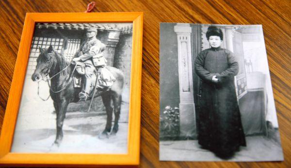 旧満州で暮らしていた頃の三瓶春江さんの両親の写真(春江さんの姉・今野千代さん提供)