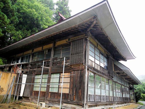 築200年以上の紺野さんの古民家=2020年7月、福島県浪江町、三浦英之撮影