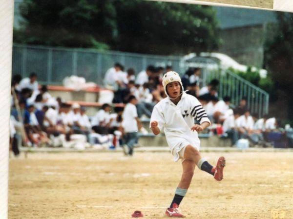 同志社中学時代の森田さん。片道2時間かけて6年間通学をしていた。「毎朝4時に起きて、朝練に行っていました」(森田さん)=本人提供