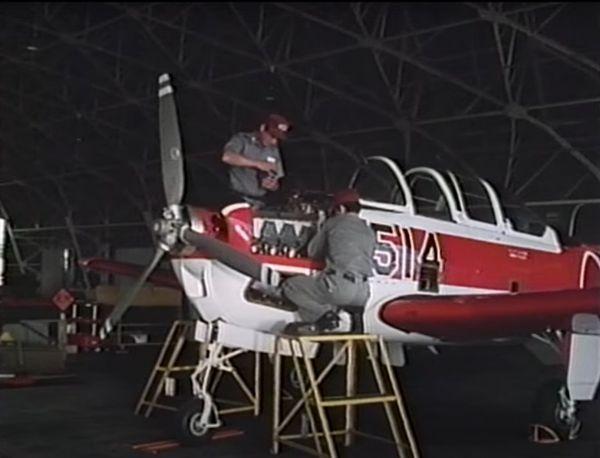 T3初等練習機=1979年