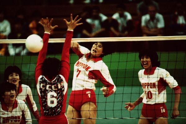 ソウル五輪で活躍した大林さん(10番)=1988年9月