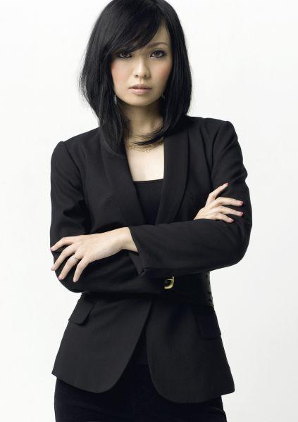 産休、育休を経て「NEW EDITION~MAXIMUM HITS~」(2008年)で復帰をした時のMAXのMINAさん。当時30歳=本人提供