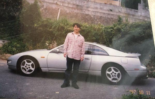 24年前に撮影されたスナップ写真。ひなこさんのお父さんと、当時の愛車のZ32