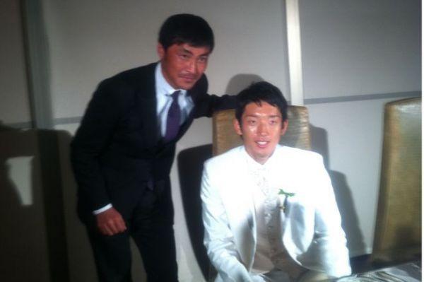 権田修一選手(右)と浅野寛文コーチ