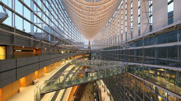 東京国際フォーラムガラス棟夕景