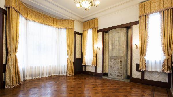 旧前田家本邸の第一応接室