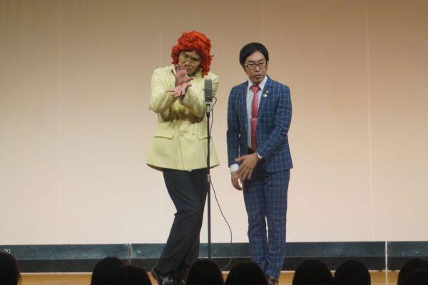 野沢雅子さんに扮した漫才でブレークしたアイデンティティ=太田プロ提供