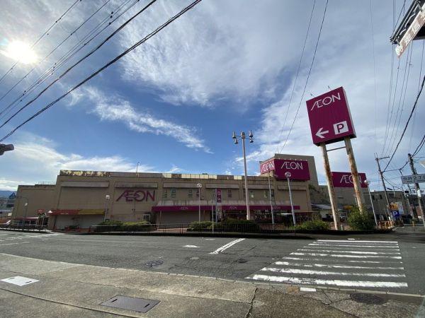 1975年12月開業のイオン五條店。かつての五條サティ