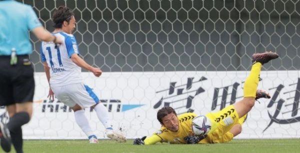 福島で体を張ってゴールを守る山本海人(C)Fukushima united FC