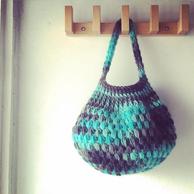 送料込み 玉編みのバスケット風バッグ- 印刷済編み図のみ-