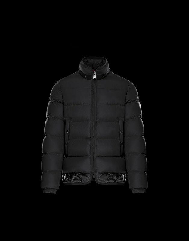 2018年秋冬新品入荷 MONCLER モンクレール メンズ ダウンジャケット ファイトカラー フード付き ジップ開閉 ロゴマー6850714