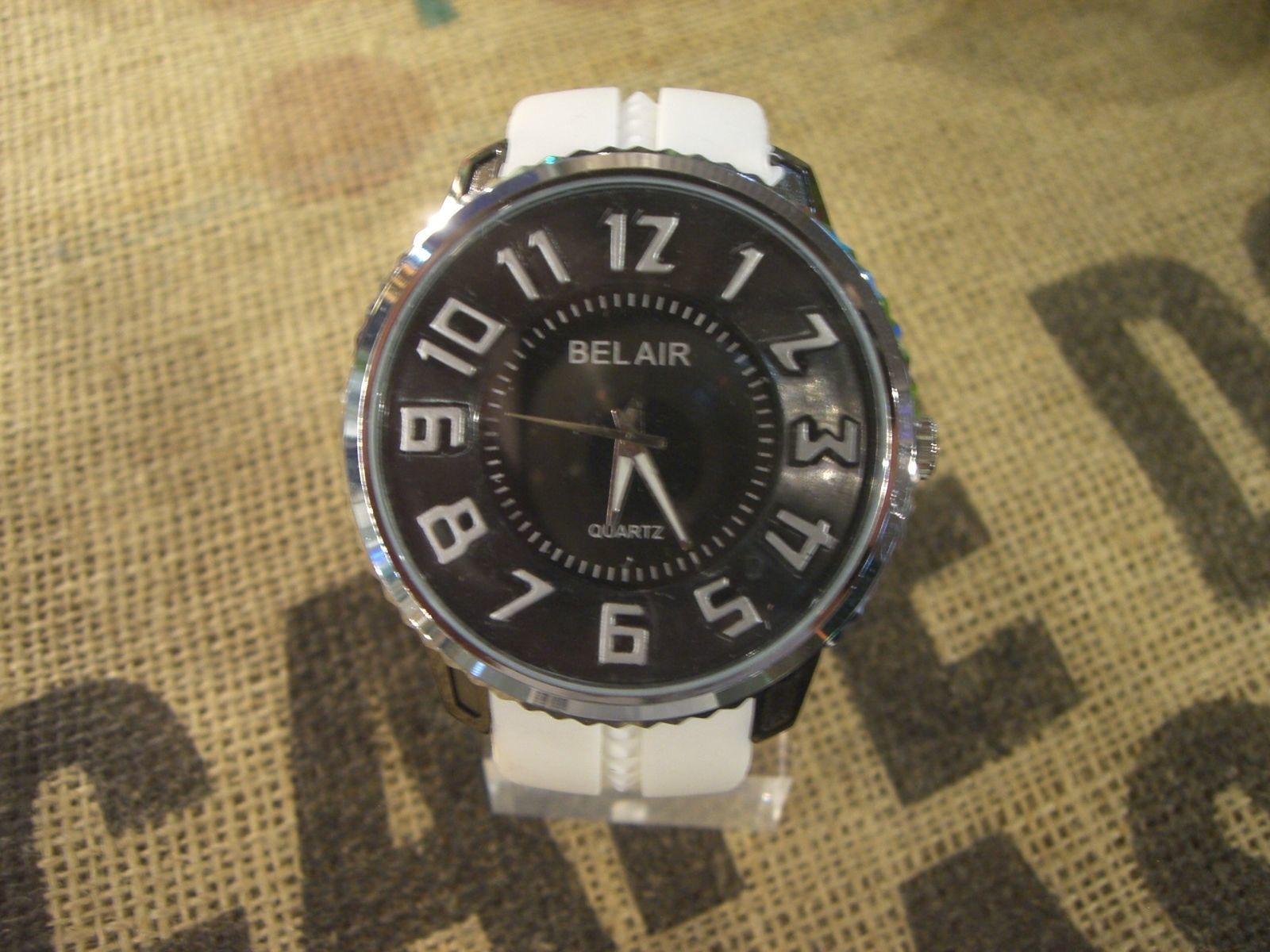 時計☆3Dビッグフェイス腕時計ホワイト?