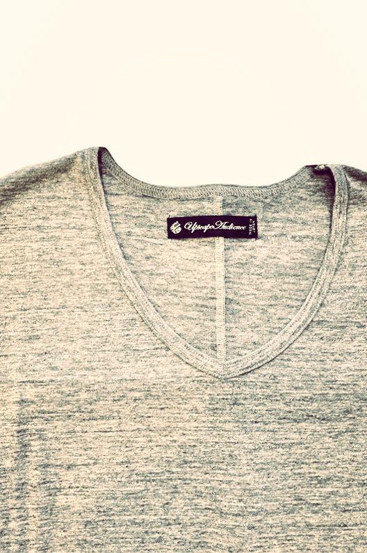 [AUD1142] Upscape Audience ガラガラ紡Vネック半袖Tシャツ